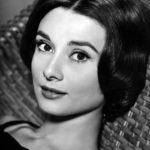Icône de mode : comment porter le look d'Audrey Hepburn aujourd'hui ?