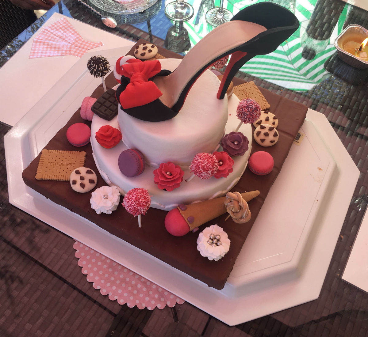 gateau anniversaire chaussure talon