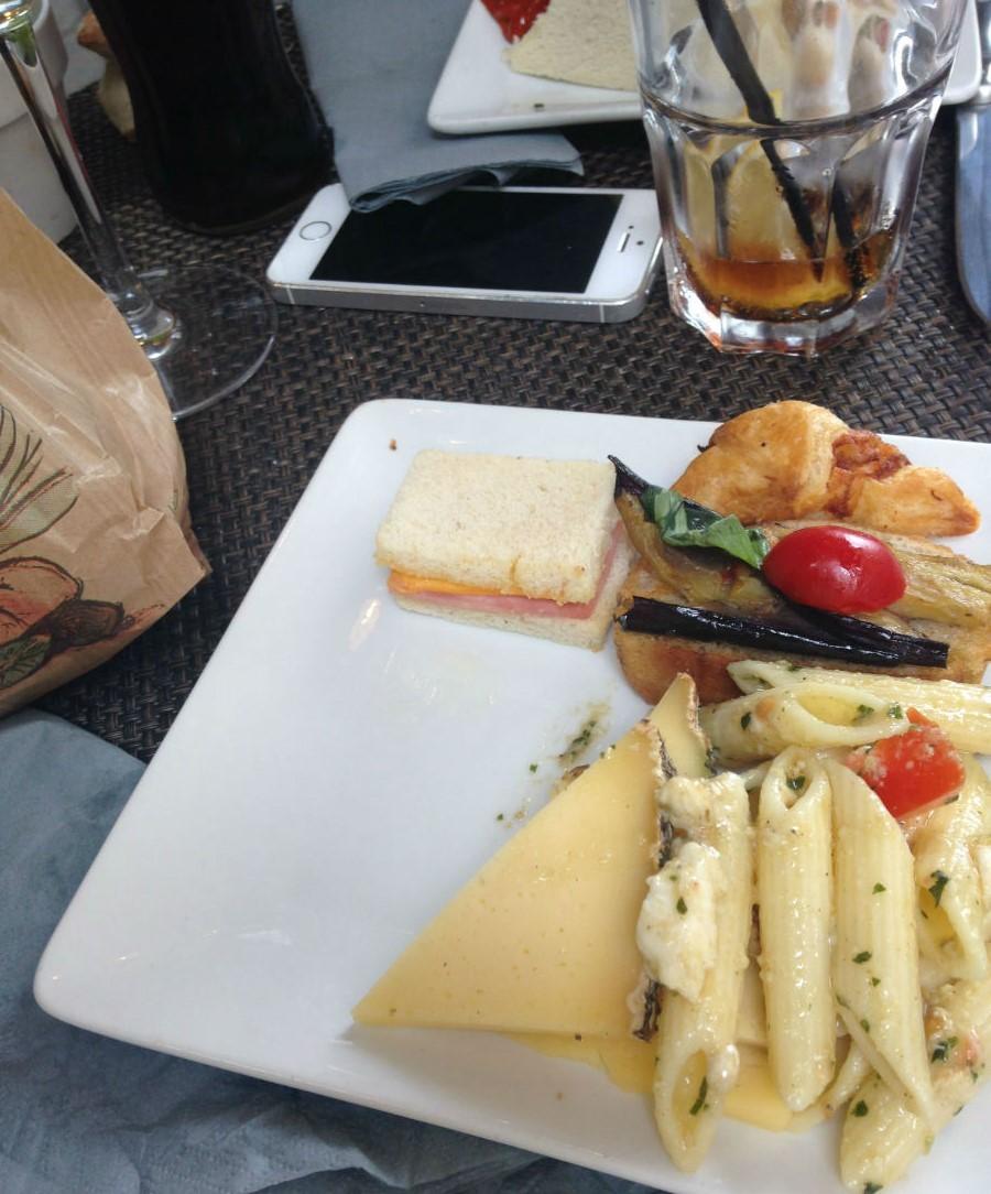 aperitif cle or restaurant