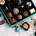 St Valentin: comment sortir du trio de cadeaux fleur/chocolat/parfum ?