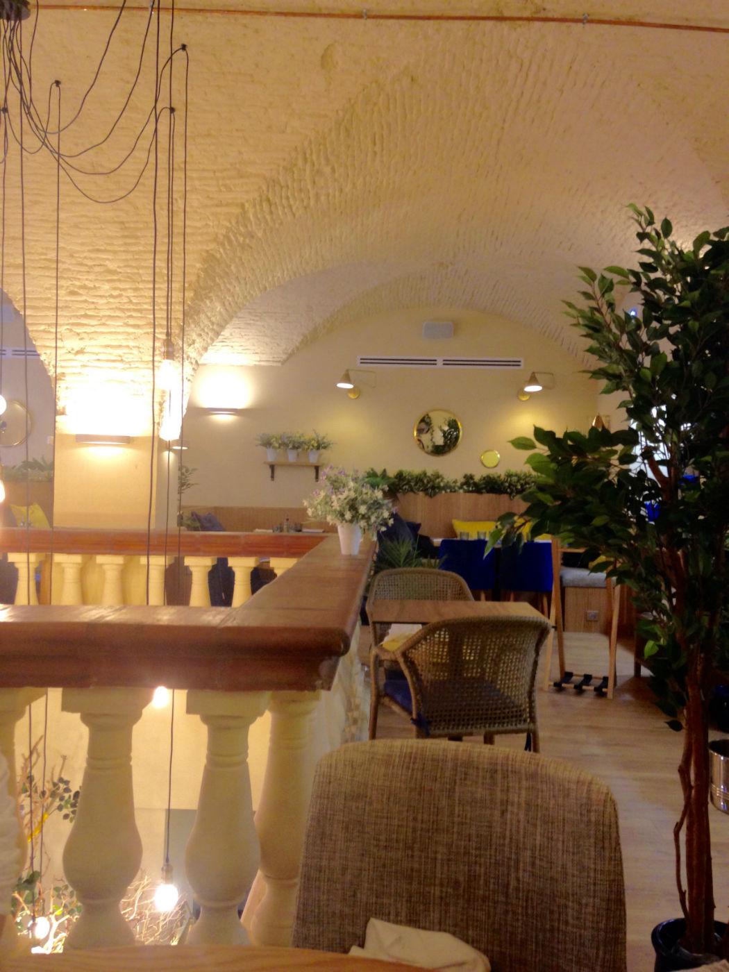 interieur casa leya restaurant nice