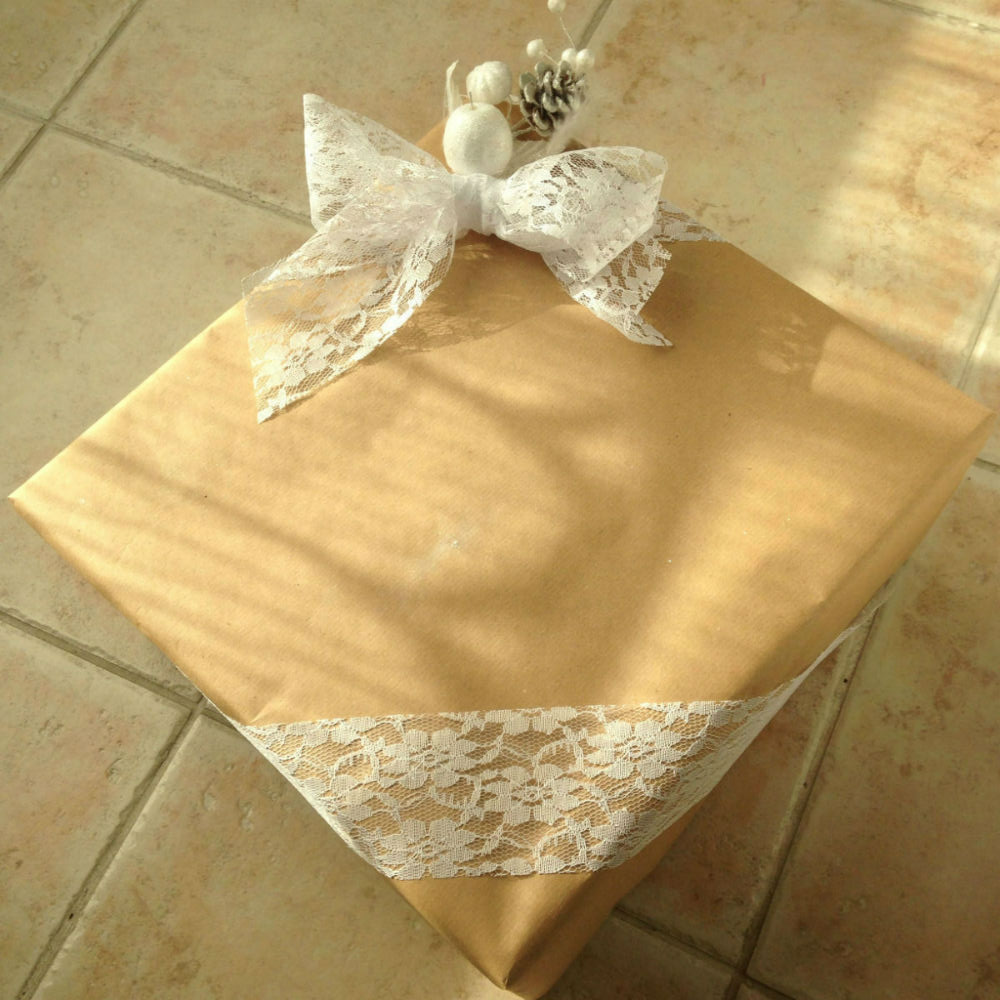 tutoriel emballage cadeau papier-kraft