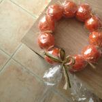 Idée cadeau dernière minute : une couronne de clémentines DIY