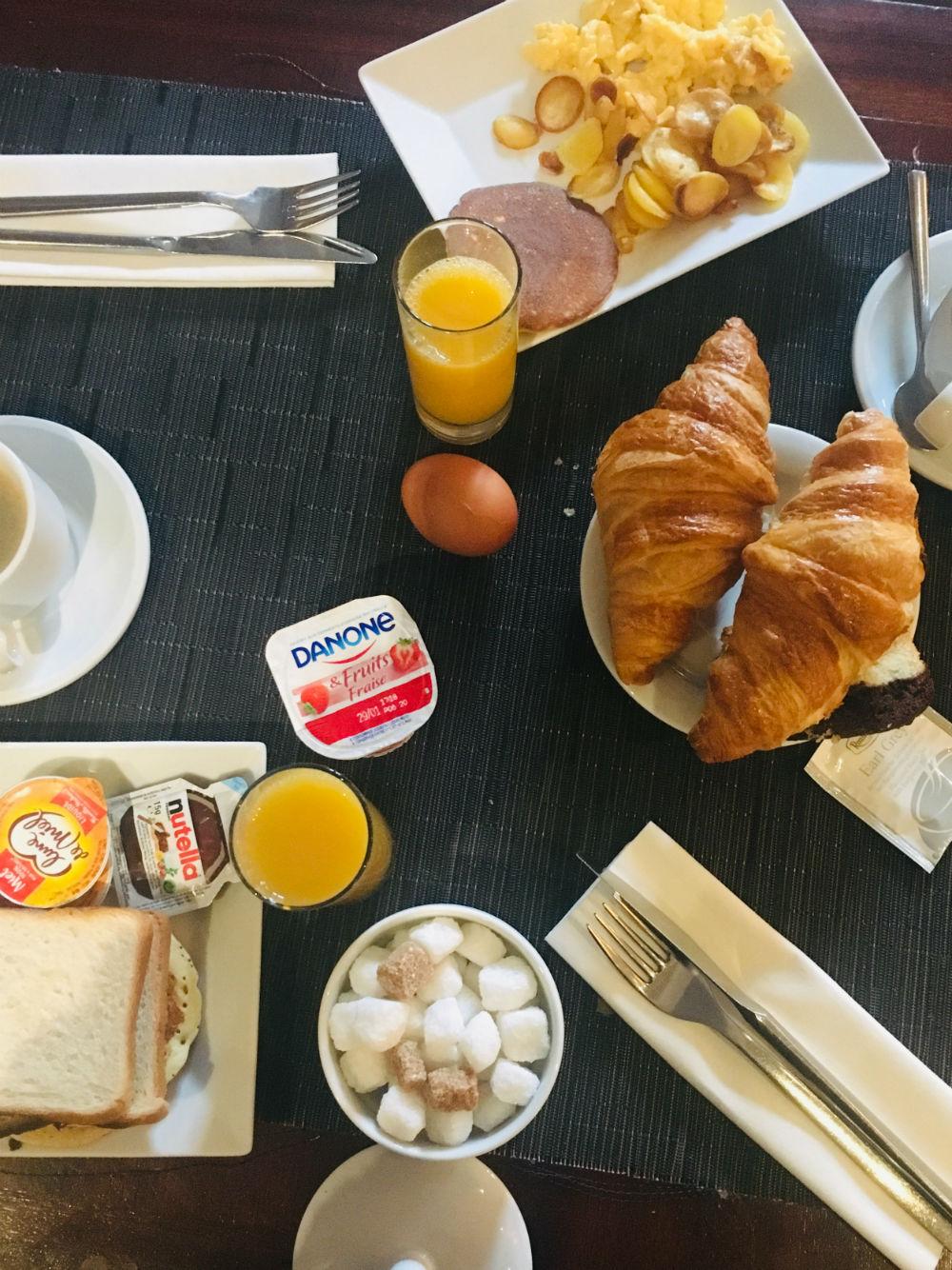 nice hotel ellington petit dejeuner