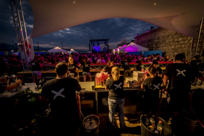 antibes festival nuit carre