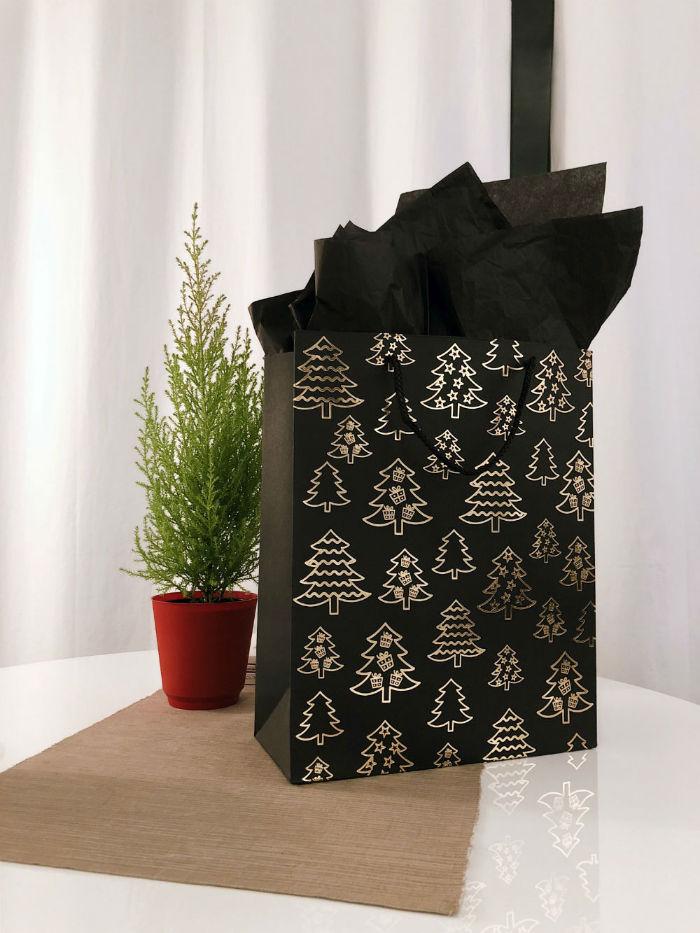 idee emballage cadeau noir blanc