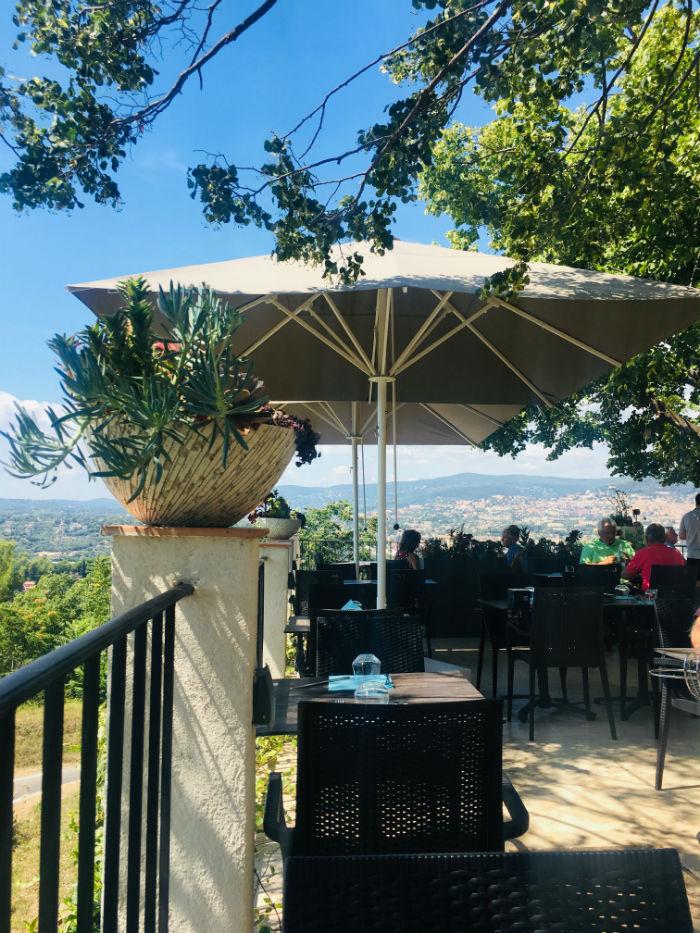 terrasse restaurant lougolin